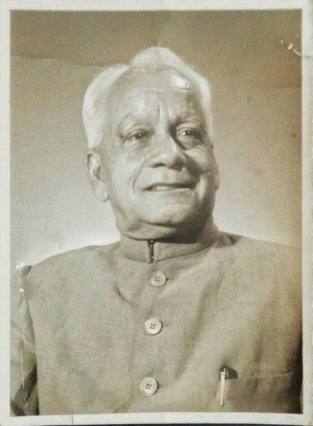 Chunni Lal Malhotra (Pitaji), Sunanda Luthra's grandfather