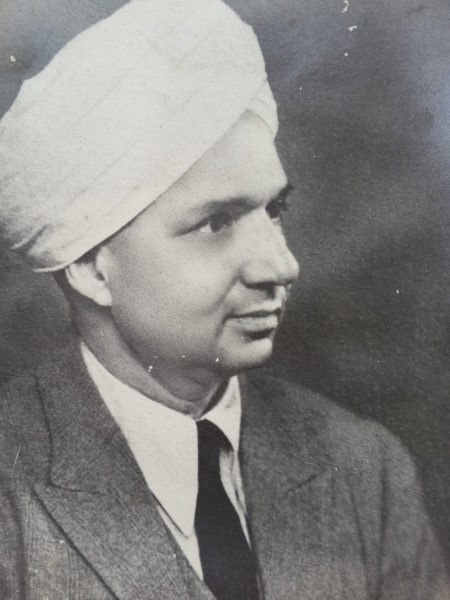 Bela Kapoor's maternal grandfather, Sri Ram Puri