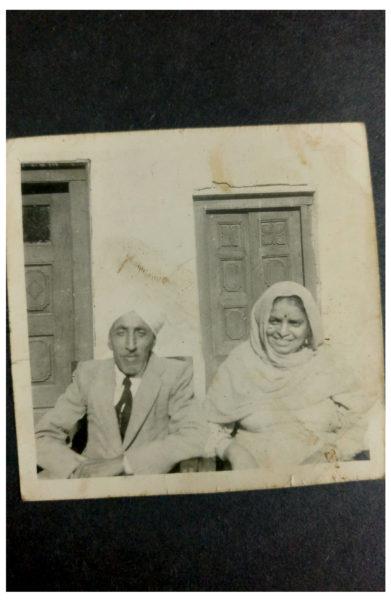 Mian Baljit Singh with his wife, Sevati Devi
