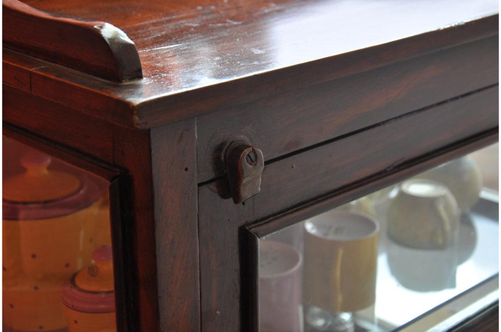 Shelf Clasp
